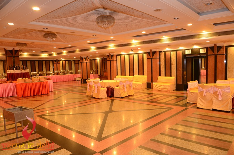 Find wedding venues banquet halls and venues for other ocassions regal palace gt karnal road stopboris Gallery
