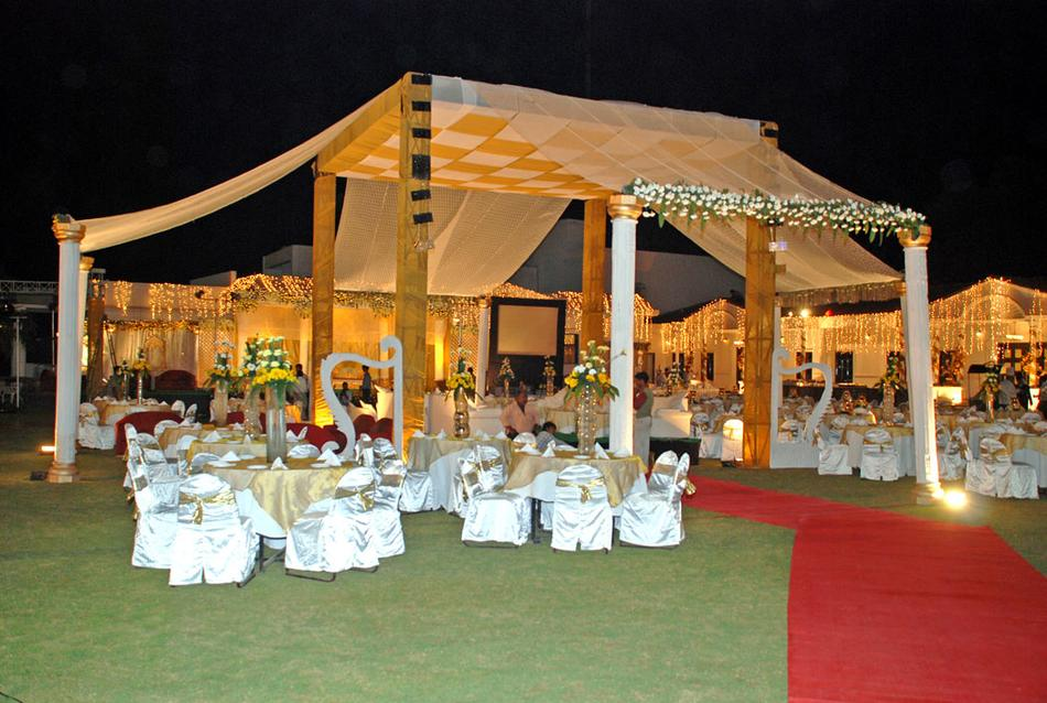 Wet n wild gurgaon wedding lawn