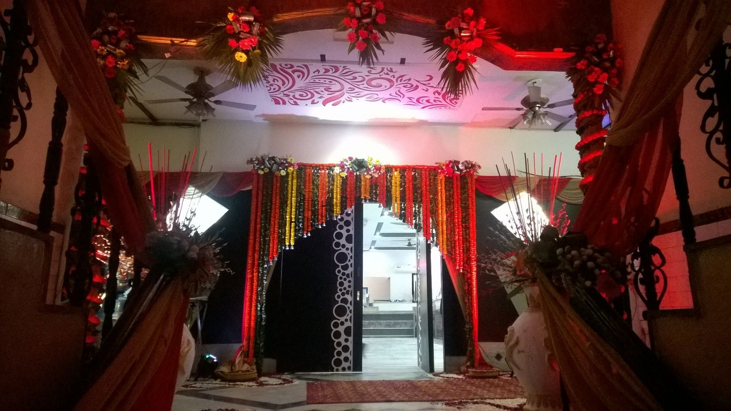 Hotel redbury ghaziabad flower decoration