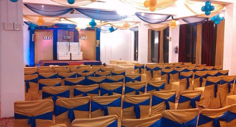 Tarang banquets ghaziabad wedding stage