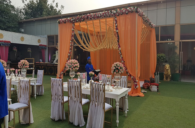 Surya palace dwarka sector 23 party lawn