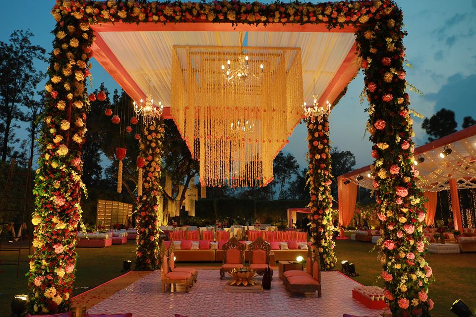 Amaara farms chattarpur wedding lawn 1
