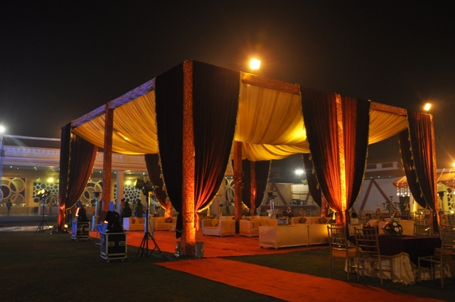 Radiance motel chattarpur wedding lawn pandal